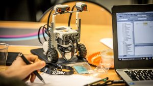 Ingénieur et scientifique en entreprise : horizon 2040 @ Campus des Grands Moulins - Amphi Buffon