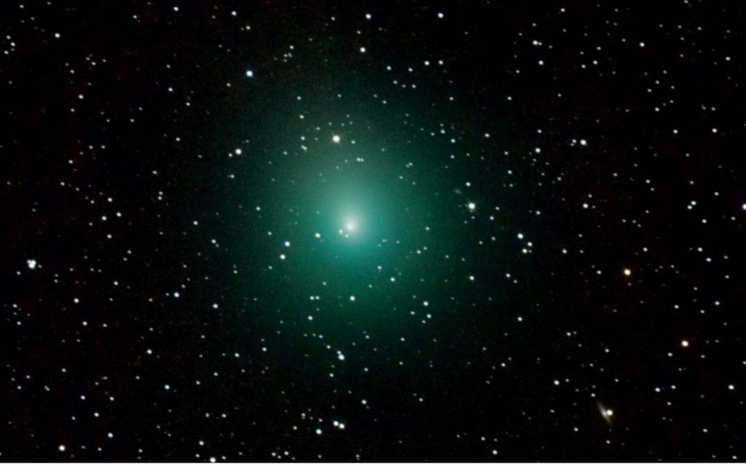 Une famille de comètes relance le débat sur l'origine de l'eau sur Terre