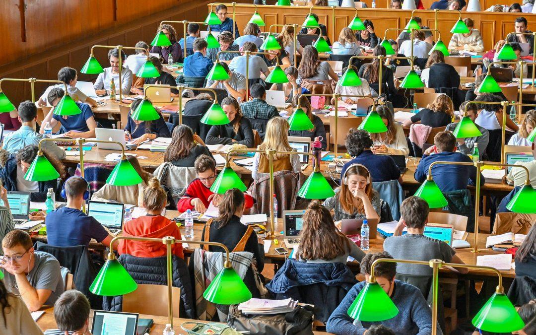 Les BU recrutent des moniteurs-étudiants