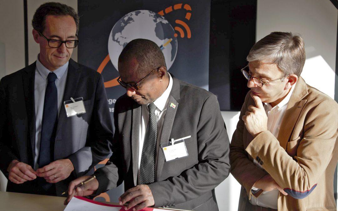 Une fibre optique pour mieux comprendre les séismes à Mayotte