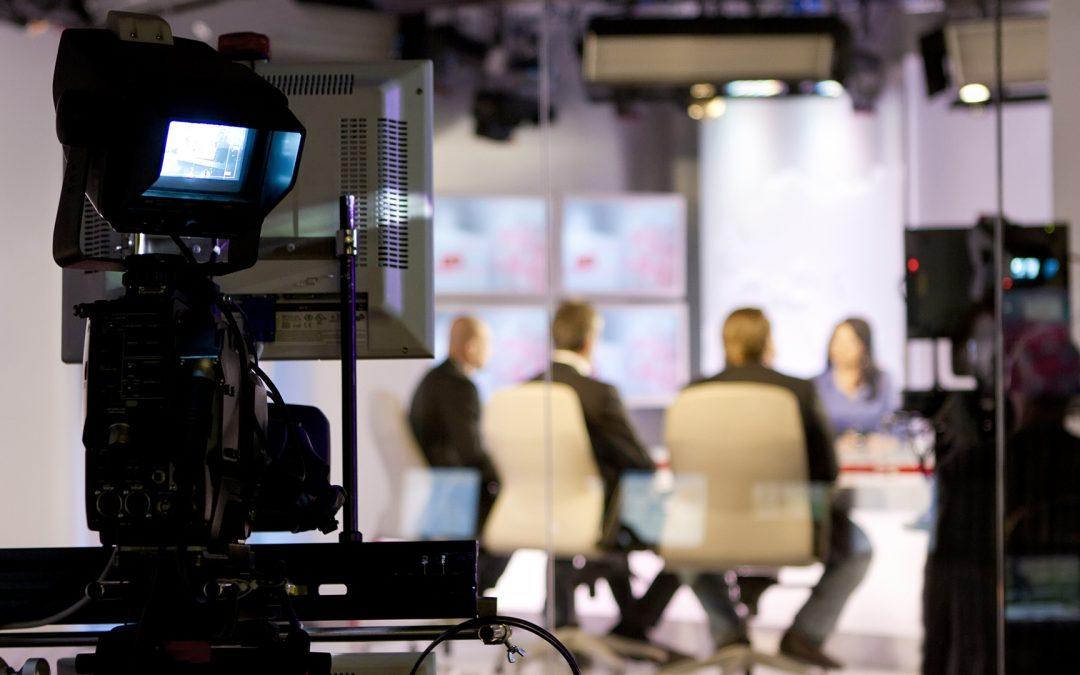 Participez à l'éclairage des enjeux sociétaux à travers les médias