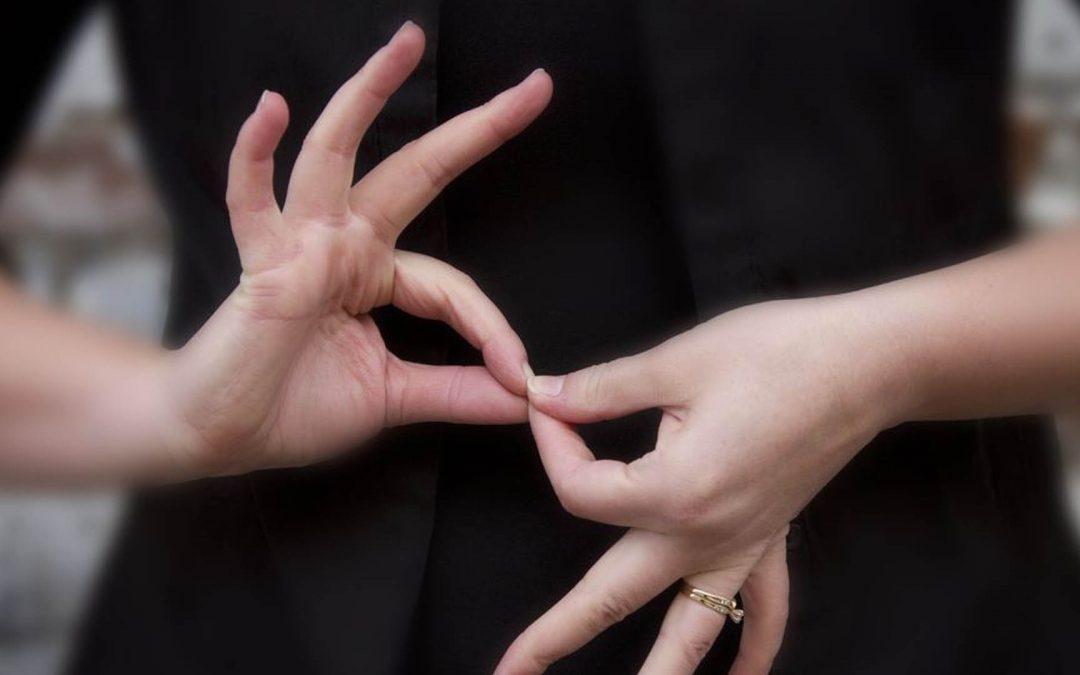 Nouveau ! Une initiation à la langue des signes française pour les étudiants en santé